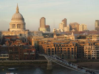 London St Pauls view from Tate Modern daytime