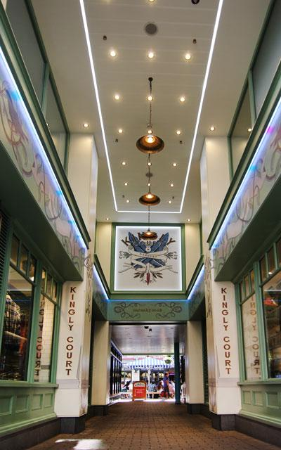 London Carnaby Street Kingly Court entrance